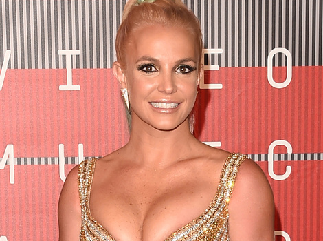 Britney Spears Pranks Security Guards With Neil Patrick Harris -- And It's Hilarious!