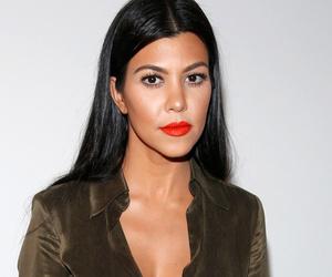 VIDEO: Kourtney Kardashian Breaks Down in Tears Over Scott Disick Cheating…
