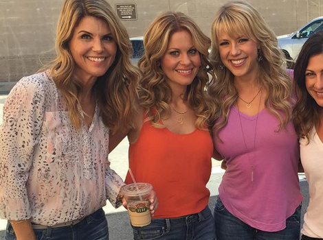 """Fuller House"" Women Go Glam on Set -- Wow, They All Look Amazing!"