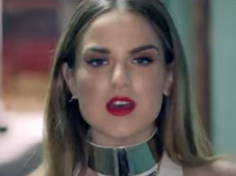 "JoJo Is All Grown Up In Sexy New Music Video for ""When Love Hurts"""