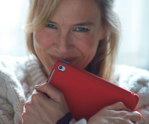 "Something's Different Here -- See First Pic of Renee Zellweger In ""Bridget…"