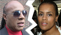 Stevie Wonder -- I Just Called to Say I Dumped You ... Divorce Final
