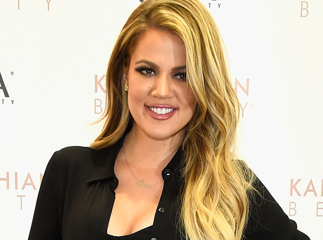 """Khloe Kardashian Reacts to Amy Schumer's SNL Joke -- """"No Need to Tear Others Down!"""""""