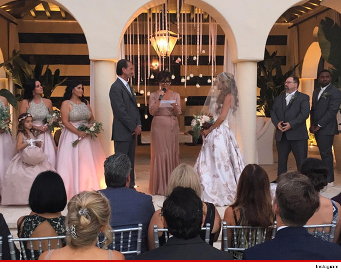 kris jenner officiates faye resnicks wedding tmzcom