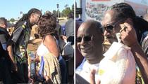 Snoop Dogg -- Slingin' Turkeys in Inglewooood! (VIDEO)