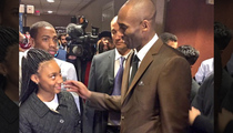 Kobe Bryant -- Passing The Philly Hoops Torch ... To Mo'ne Davis