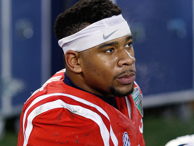 Robert Nkemdiche -- Charged with Weed Possession ... After Falling from Hotel Window
