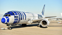 'Star Wars' -- Cast Hitches Ride to London On R2-D2