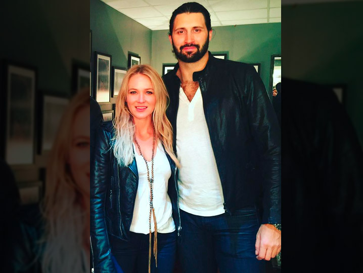 jewell dating Ty murray, 48, who was once married to songstress jewel, 43 jewel dating hot nfl star charlie whitehurst -- see cute pic of new couple.