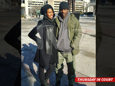 DMX -- Post-Divorce Court Hugs!!! (PHOTO)