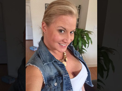 WWE Diva Tammy Sytch -- Signs On the Dotted Line ... I've Done a Porn!!