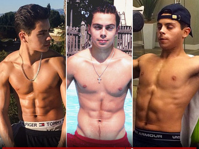 10 Shirtless Shots Of Jake T. Austin To Satisfy Your #MCM Needs