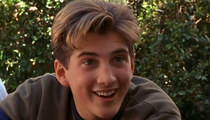 Ethan Craft in 'Lizzie McGuire': 'Memba Him?!