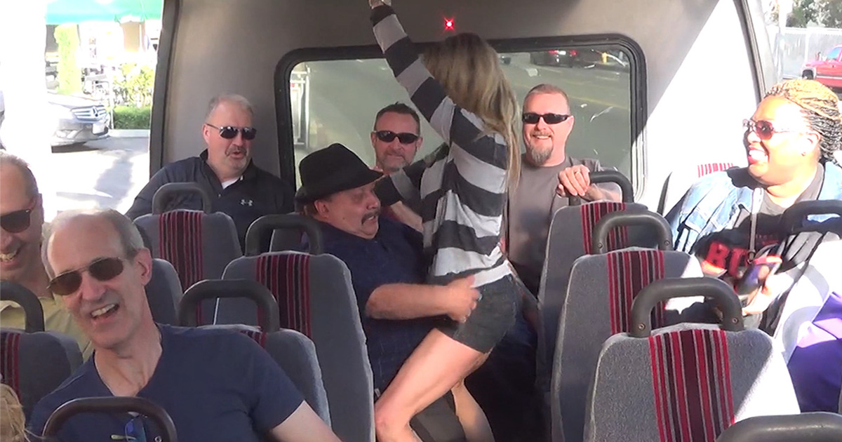Chuy bravo crashes tmz tour and gets freaky for Tmz tours in los angeles