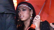 Solange Knowles -- Loses Wedding Ring During Mardi Gras Parade