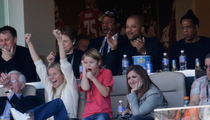 Gwyneth Paltrow & Jay Z -- Supportive Spouses During Super Bowl Halftime