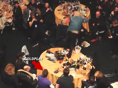 Coldplay -- Award Show Table Trashed By Band They've Never Heard Of (VIDEO)