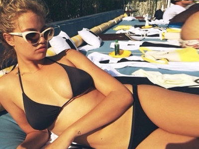 30 Sexy Snaps Of Sports Illustrated Model Hailey Clauson