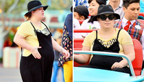 Kelly Clarkson -- Disneyland Trek Before Baby Drop (PHOTOS)