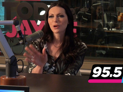 Laura Prepon -- Piper vs. Eric ... Who's the Better Kisser? (VIDEO)