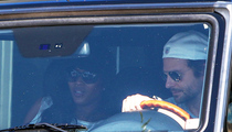 Bradley Cooper -- Hot Breakfast With Naomi Campbell (PHOTOS)