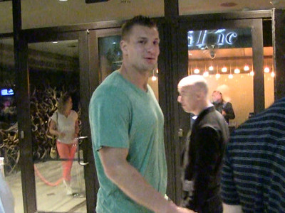 Rob Gronkowski -- My Super Hot Oscars Date ... 'We're Just Friends' (VIDEO)