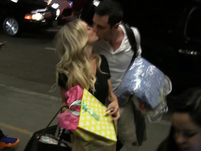 'Bachelor' Couple Ben & Lauren B. -- Still Willing to Kiss On Command ... For Now (VIDEO)