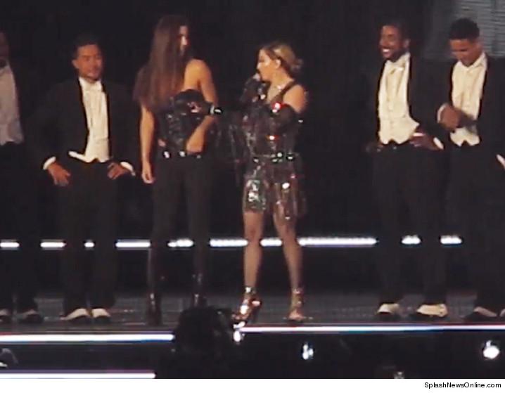 Maddona shows tits at fashion show