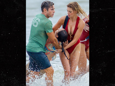 Zac Efron & Kelly Rohrbach -- Breast Rescue Ever (PHOTO)