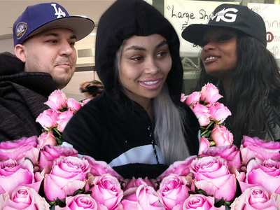 Rob Kardashian -- Makes It Rain With Roses In Proposal To Blac Chyna