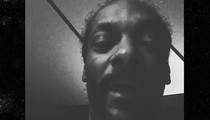 Snoop Dogg -- Arnold Schwarzenegger's a Racist Piece of S***! (VIDEO)