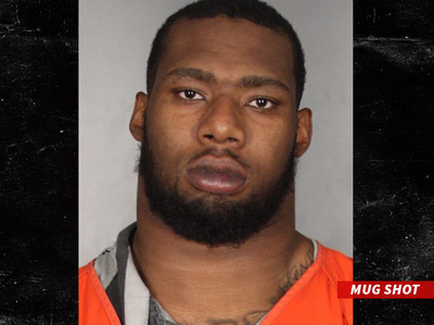 Baylor's Shawn Oakman -- Arrested For Rape