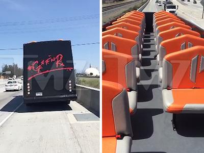 GNR -- Coachella-Bound Tour Bus Breaks Down (VIDEO)