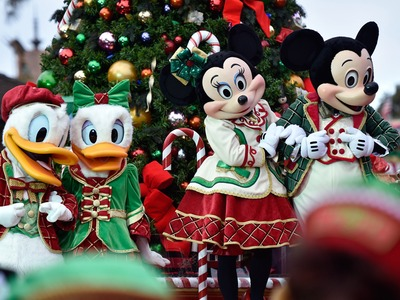 Disney World Sued -- Mickey's Parade Ruined My Life