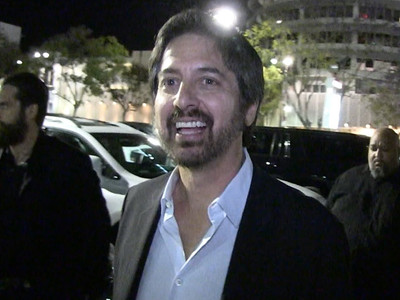 Ray Romano -- Doris Roberts ... Good Drinker, Good Kisser (VIDEO)