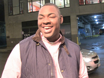 NFL Prospect Chris Jones -- Makes Penis Promise ... It Won't Fall Out Again!