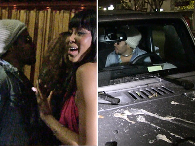 Lenny Kravitz & Naomi Campbell -- Date Night with a Side of Bird Poop (VIDEO)