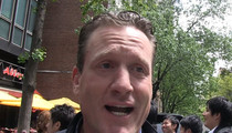 Jeremy Roenick -- Bieber's a Fighter ... Would Beat Orlando Bloom's Ass