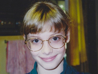 Guess Who This Spectacle Wearing Gal Turned Into!