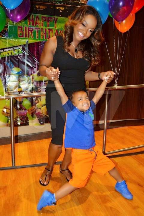 <p>'RHOA' starPhaedra Parksput her broken marriage withApollo Nidaaside and made sure the entire family was together for their son Ayden's 'TMNT'-themed 6th birthday party, minus Apollo of course.</p> <p>Phaedra rented out Stars & Strikes bowling alley over the weekend in Atlanta for the bash and the guest list was stacked -- 100 of Ayden's closest friends and family, includingApollo's mom and several cousins from his dad's side of the family. Phaedra's 'RHOA' co-star,Porsha Williams, also showed up.</p>
