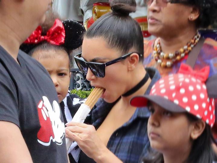 Kim Kardashian Gets A Mouthful At Disneyland Tmz Com