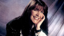 Country Singer Kathy Mattea: 'Memba Her?!