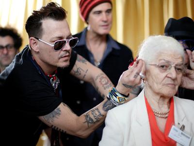 Johnny Depp -- I'm Doing Good Deeds Overseas (PHOTO)