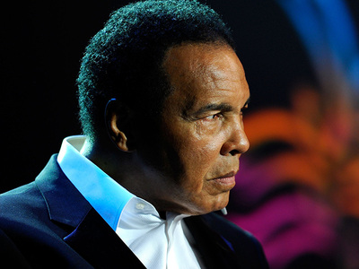Muhammad Ali -- Hospitalized for Respiratory Issues ... 'Fair Condition'