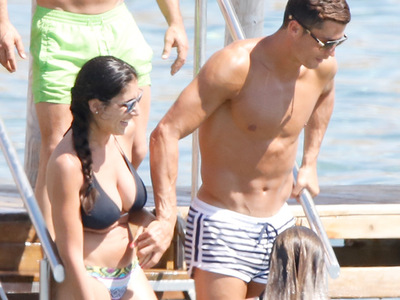 Cristiano Ronaldo -- SMOOTH Operator with Ibiza Bikini Babes (PHOTOS)