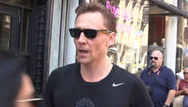 Tom Hiddleston -- Welcome to Life with Taylor Swift (VIDEO)