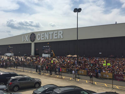 Cleveland Cavs -- Thousands of Fans Waiting to Greet Team ... Next to Airport (PHOTO + VIDEO)