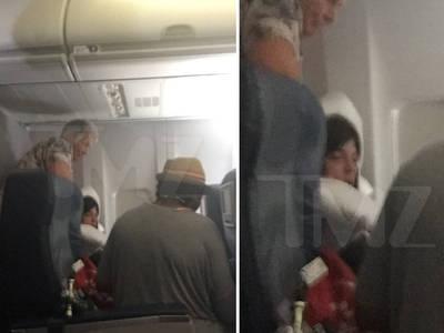 Selma Blair -- Gets Nurses' Assist During In-Flight Outburst (PHOTO)