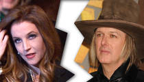 Lisa Marie Presley -- Files For Divorce
