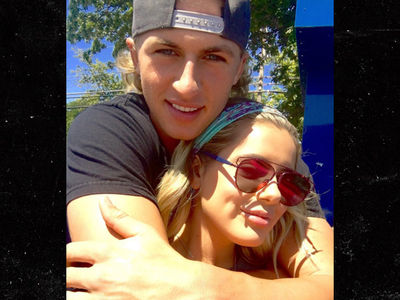 Kim Zolciak's Daughter -- Caught a Pitcher!! (PHOTOS)